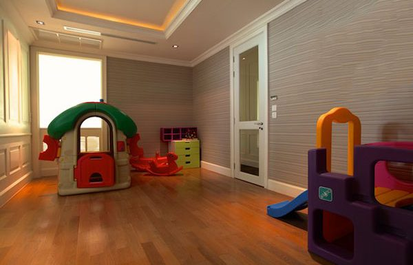 Royce-Private-Residences-Bangkok-condo-for-sale-Kid's-Club